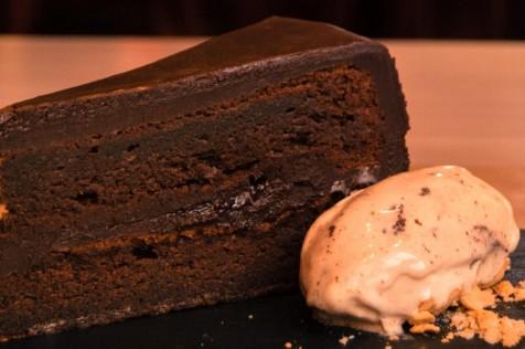 elantojo pasteleria reposteria tarta de chocolate sacher